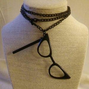 Retro Style Eye Glasses Pendant Necklace